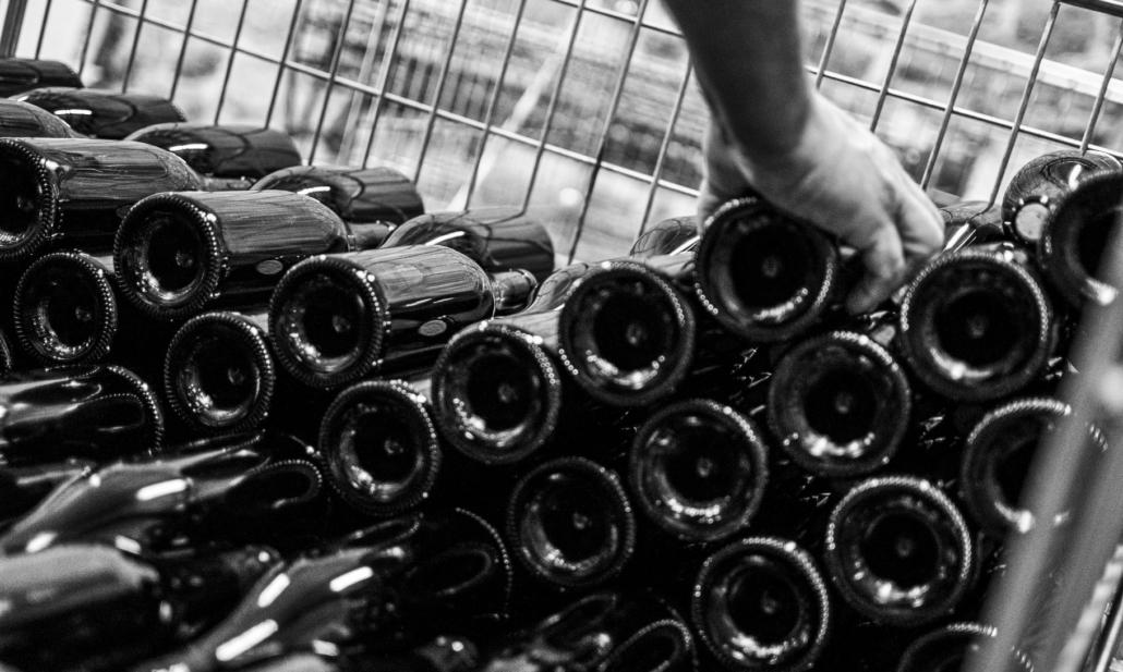 Lionel Faury - Empilement bouteille